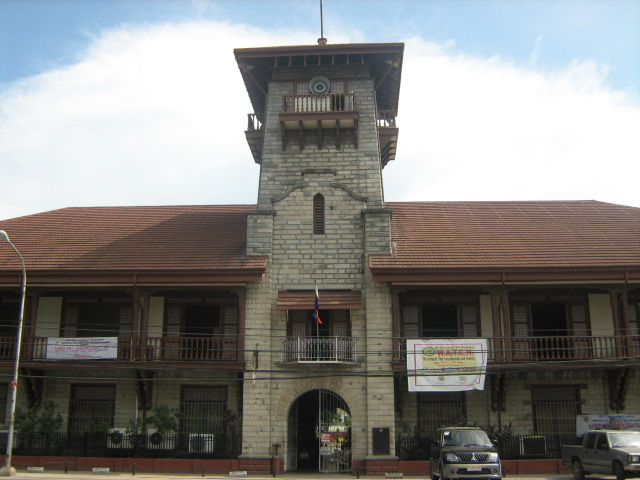 a picture of their City Hall and its very historic feel.