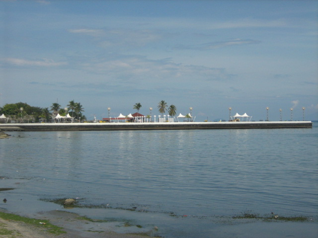 the view behind the oldest hotel in zamboanga