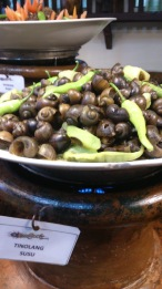 Tinolang Susu: Snails in Ginger based broth